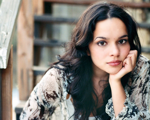Norah Jones at Bob Carr Theater